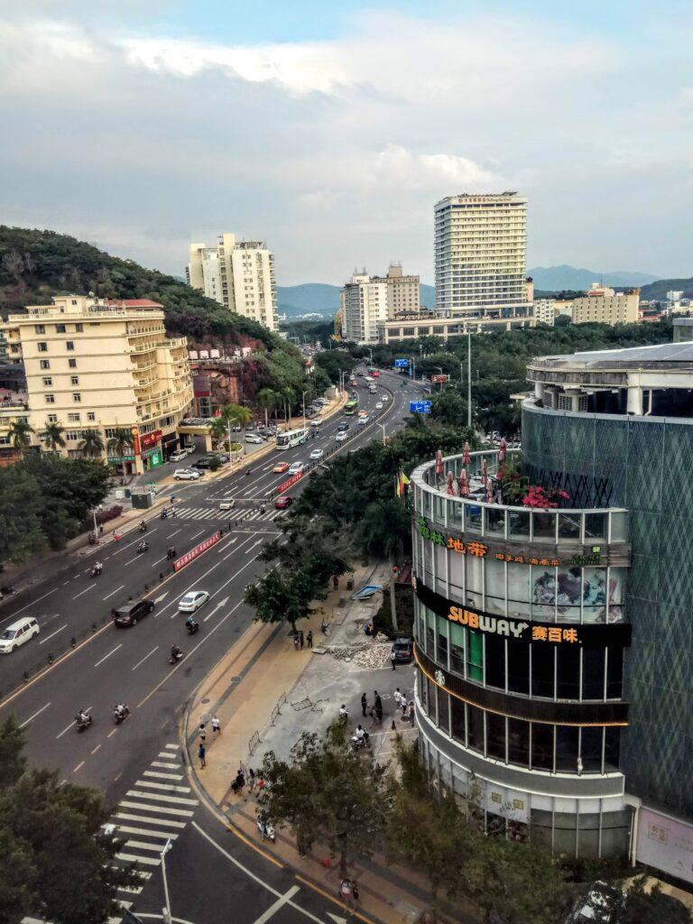 Вид из окна номера (9 этаж)